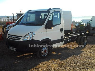 IVECO DAILY 35C15 EN CHASIS CABINA.