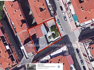 Casa con 380 metros cuadrados