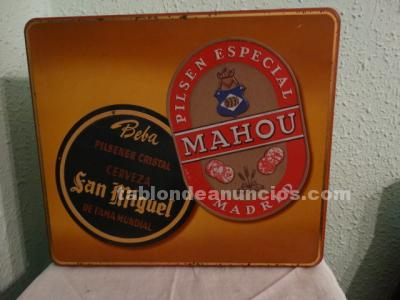 Caja metálica publicidad cerveza San Miguel / Mahou