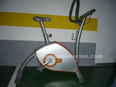 Bicicleta de fitness estática regulable