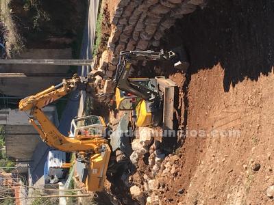 Roexca- excavaciones catalunya. Muros de rocalla, muros de piedra
