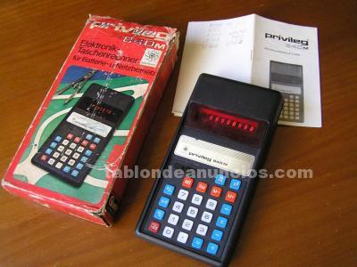 Antigua calculadora privileg 840 m de los años 70 funcionando calculator elektro