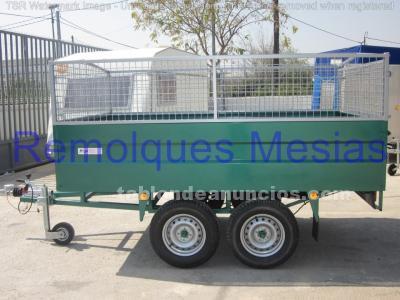 Remolque carga 2 ejes barandilla/rejilla