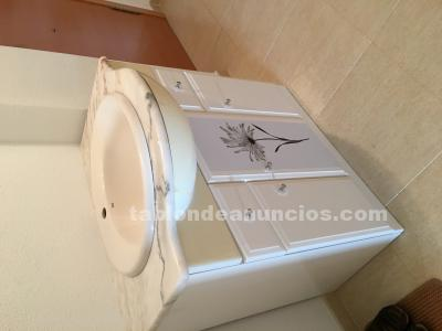 MUEBLE BAÑO IMPECABLE