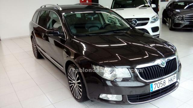 Skoda superb station wagon 2.0 tdi cr 170cv laurin & klement