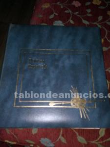 Enciclopedia de pintura española con sellos