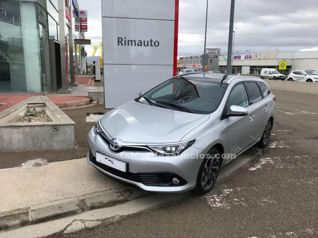 Toyota auris 1.8 140h feel touring sports 5p. + techo