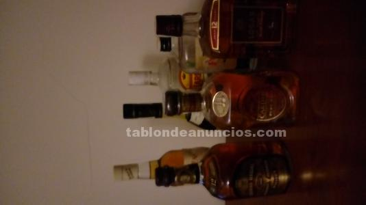 Botellas de licor.