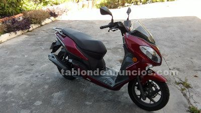 Se vende scooter keeway cityblade 125 cm3 2500 kms