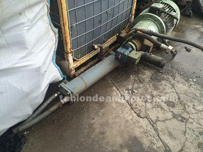 Motor con bomba hidraulica