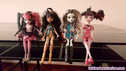 MUÑECAS BRATZ MONSTER HIGH