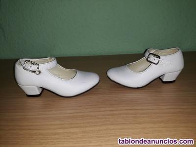 Zapatos de flamenca blanco numero 29