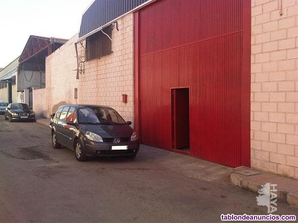 Nave industrial dos naves industriales colindantes entre