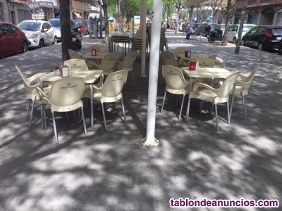 LOCAL COMERCIAL ESTUPENDO BAR DE 64 M2 EN TRASPASO EN