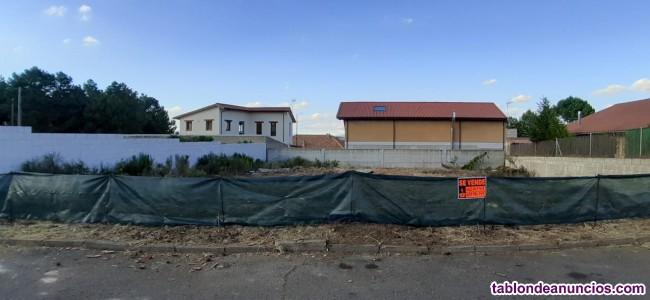 Se vende finca en urbanización Las Lomas