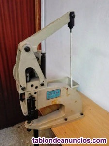 Maquina poner remaches (pedal)