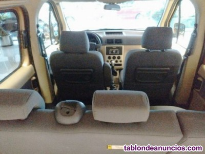 FORD Connect Comercial FT Kombi 210S TDCi 75