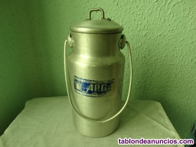 Antigua lechera metálica 1,5 litros