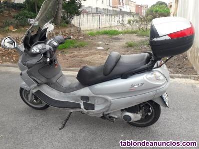 Scooter piaggio 125 cc.