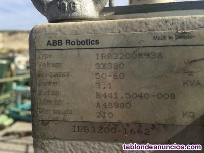 Robot abb irb 3200 para desguace