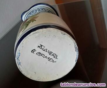 Jarrón de cerámica de Talavera de la Reina.