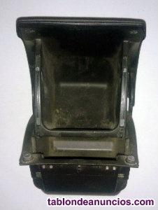 Cajita consola portaobjetos trasera de peugeot 307 de referencia 9634496677