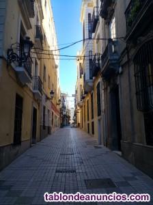 Vendo piso en calle Muñoz Torrero