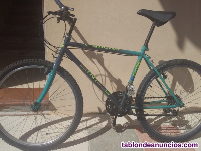 SE VENDE BICICLETA DE TRIAL EN EXCELLENTE ESTADO