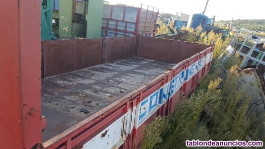 Caja de camion de 6 metros con laterales abatibles