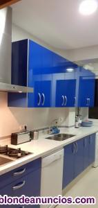 Piso frontal al mar, playa la caleta cadiz. Disponible a partir de octubre....