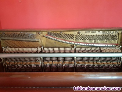 Vendo piano vertical para coleccionistas- fabricado en New York en 1900