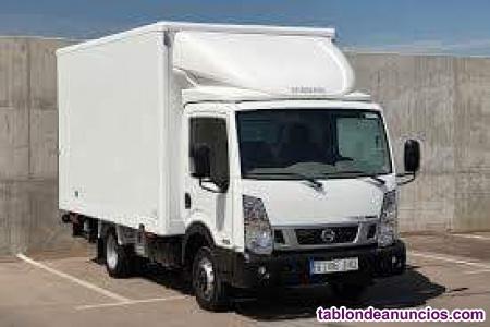 Conductor con furgon, grandes y furgonetas