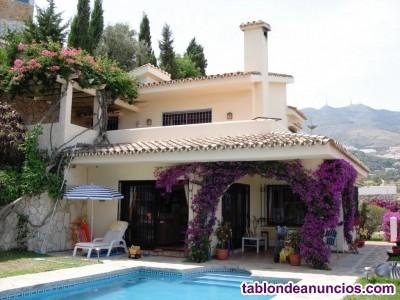 Bc2361-v a la venta preciosa villa en urbanizacion