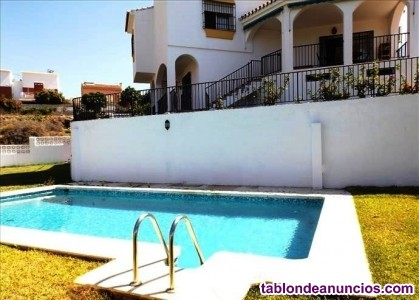 Bc2078-v se vende villa en parcela vallada de 1080