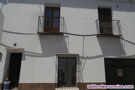 1730-V   Se vende. Espectacular casa de pueblo en