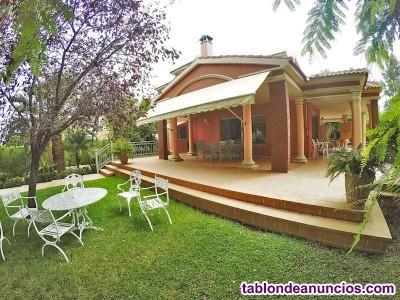 2171-V - Se vende espectacular villa de 585m2 cons