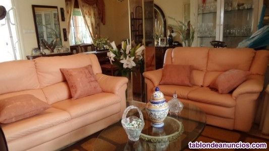 Se vende Villa independiente con excelente ubicaci