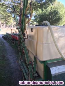 Máquina de sulfatar o tirar herbicida