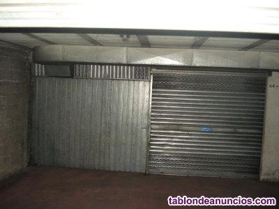 Se vende plaza de garaje doble cerrada en la zona del Auditorio