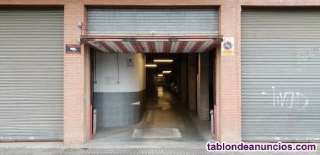 Alquilo plaza de aparcamiento en calle Sicoris de Lleida