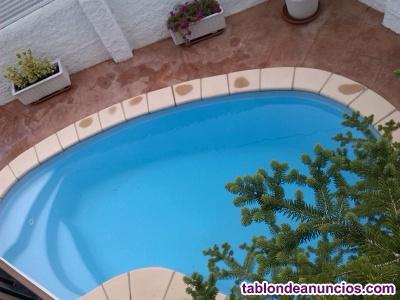 Preciosa casa cantonera con piscina y jardín