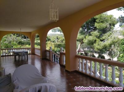 VENDO CHALETAZO A 15 MIN. VALENCIA con 6 Dorm., 4 Baños, Piscina, Jardín, etc...