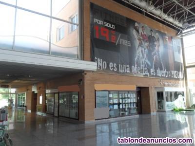 Se alquila Magnífico local de 1274 m² ideal oficinas o gimnasio.