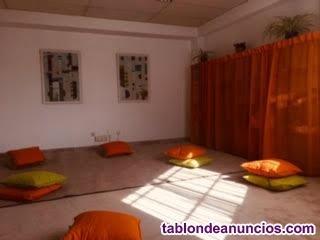 Sala para yoga y meditación