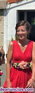 Vestido de fiesta escote de pico