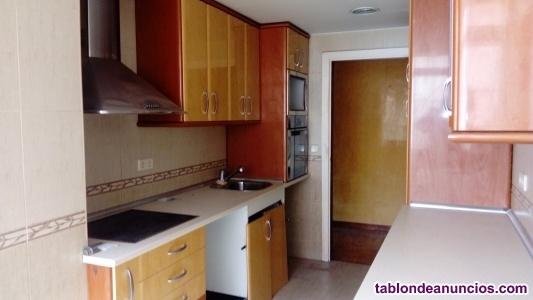 Muebles de cocina nuevos y electrodomesticos