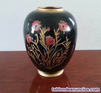 Jarrón - florero, negro, motivos flores y dorado