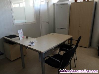 Se vende lote de mobiliario de oficina
