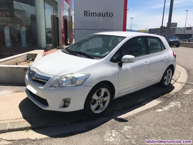 Toyota auris hsd 5p. Active