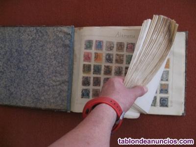 Muy antiguo álbum sellos,60 países,2420 sellos.-